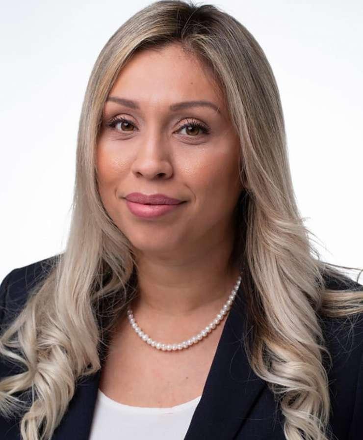 Nelly Valencia